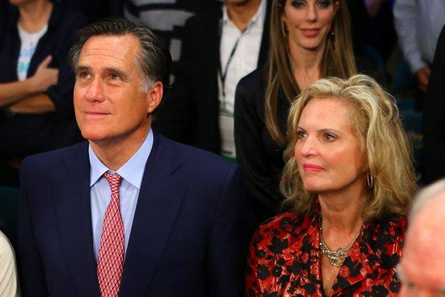 Mitt and Ann at ringside