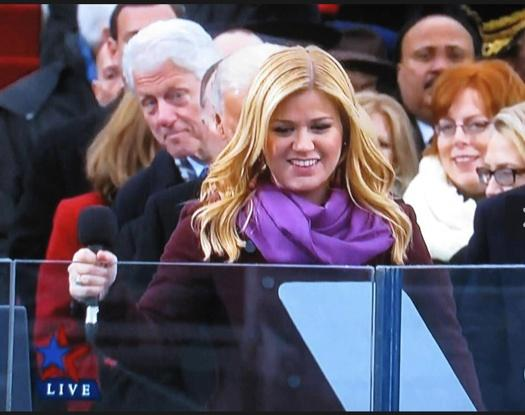 The Big Dawg photo bombs Kelly Clarkson