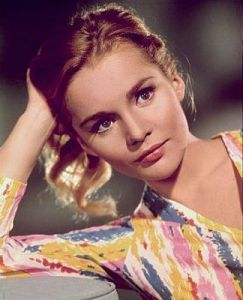 tuesday-weld-02