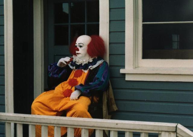 Clown_in_movie_IT