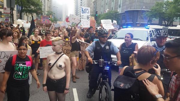Slutwalk023