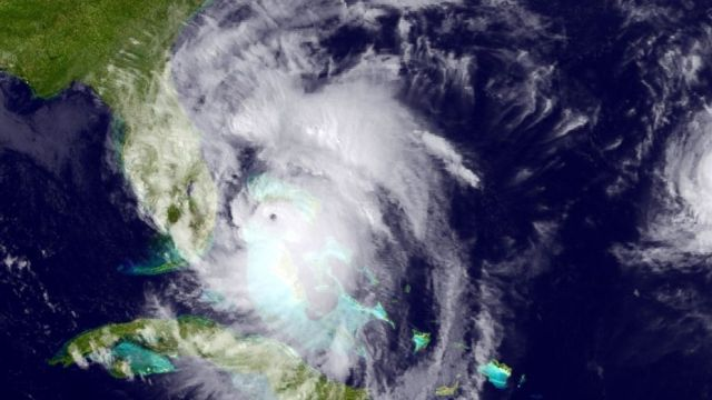 ap_hurricane_matthew_satellite_01_mt_161006_16x9_992