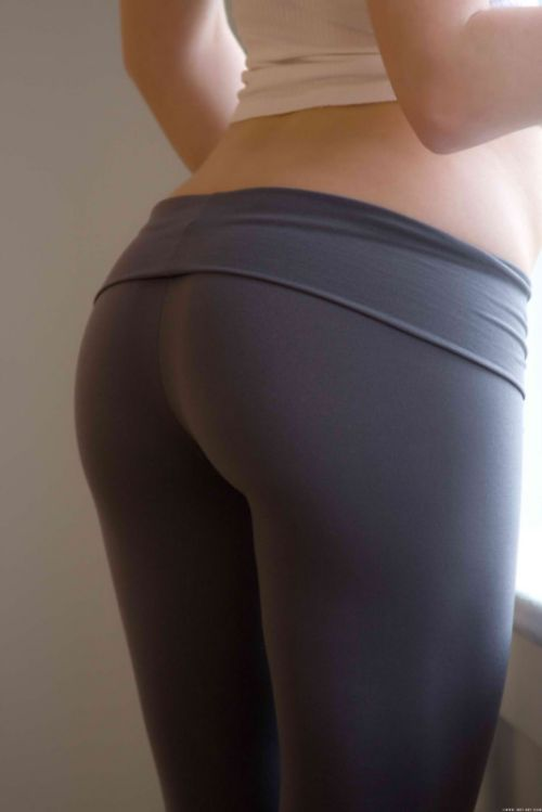 girls-yoga-pants-17 | The Crawdad Hole